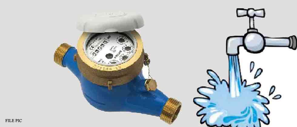PMC installs 12 water meters in Aundh society