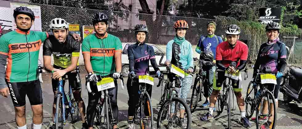 Pune cyclists join pan-India Scott celebration