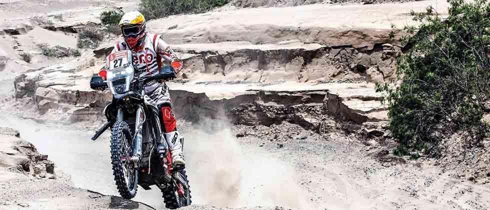 Dunes, rocks, mountains make a mixed day for Hero MotoSports