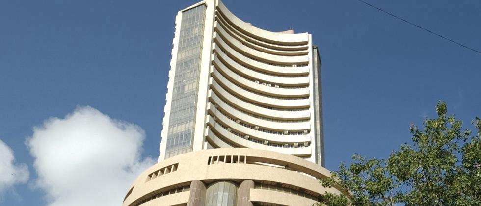 Sensex jumps 130 pts; banking stocks rally