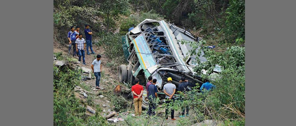 Eight dead, 26 injured as bus falls into gorge in Himachal