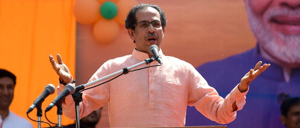 Advani's remarks aimed at whom, asks Shiv Sena