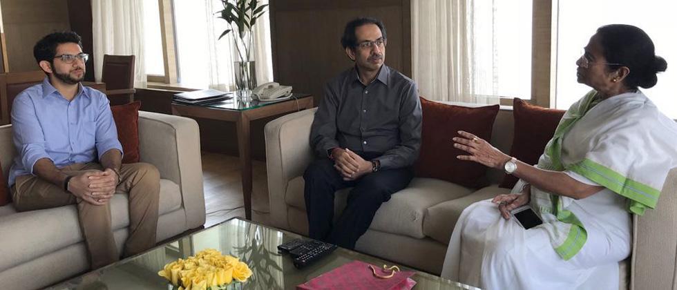 Uddhav Thackeray calls on Mamata Banerjee, says both share same views on GST