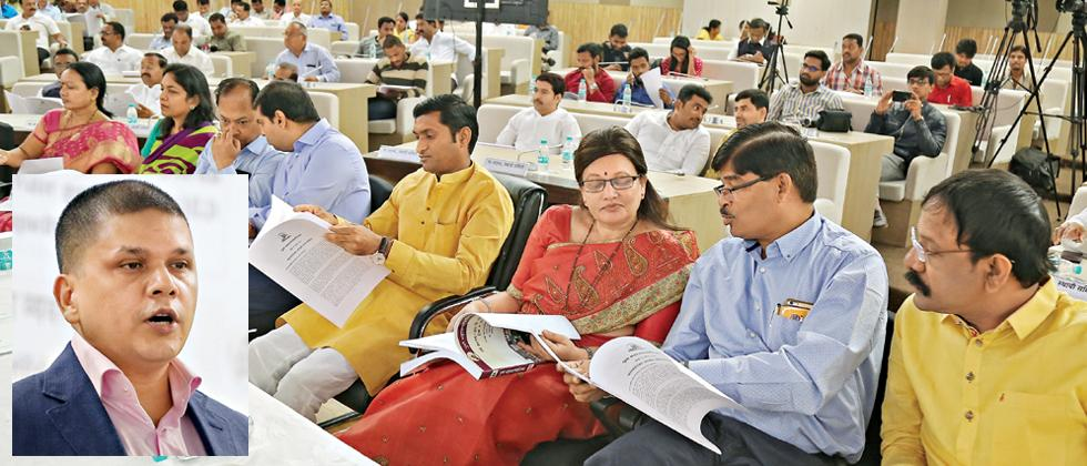 Civic chief tables his first draft budget of Rs 6,085 cr