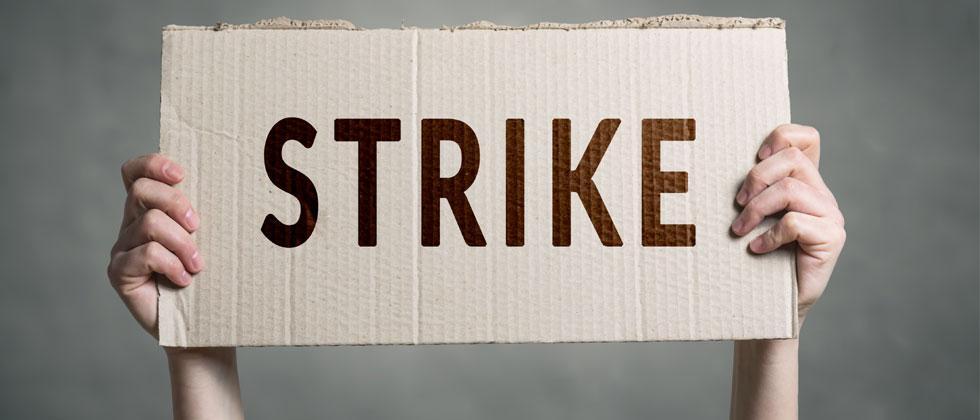 Maharashtra govt employees to go on strike today