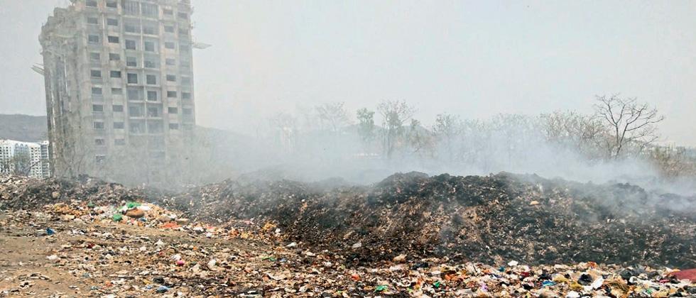 Burning garbage in open irks Hinjawadi residents