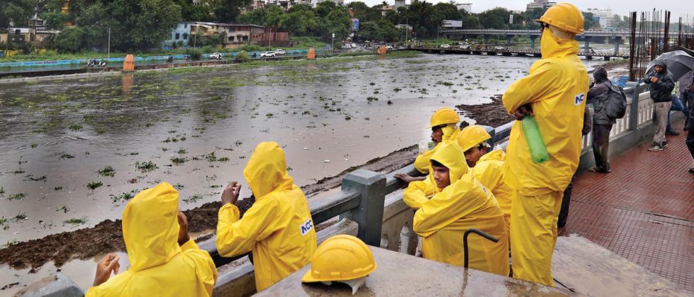 Water release halts MahaMetro work