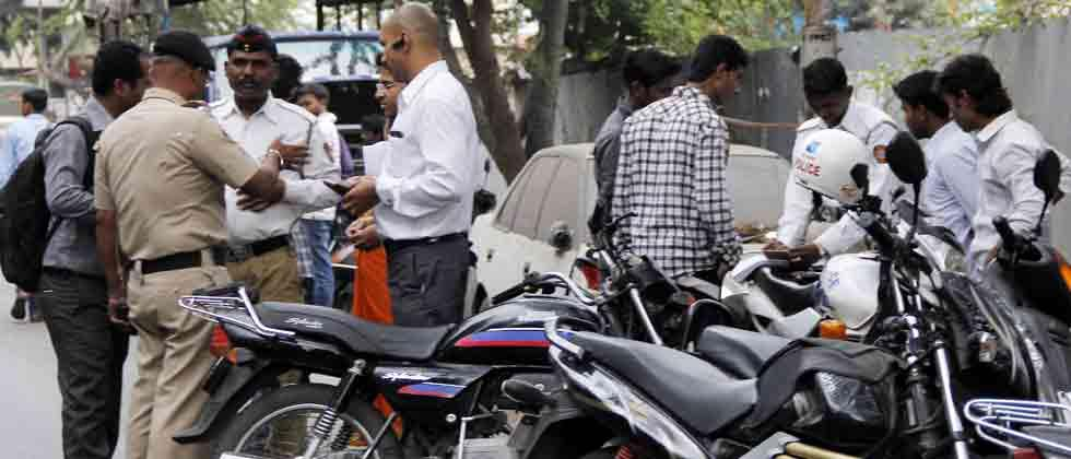 Traffic Dept uses multi-pronged approach to tackle traffic violation menace