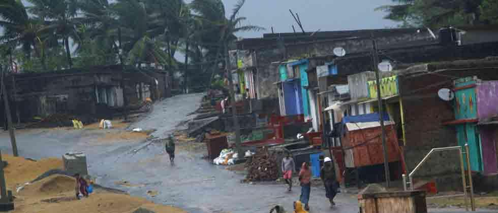 Cyclone 'Titli' leaves eight dead in AP, causes widespread damage