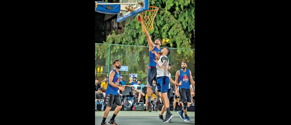 Amritpal Singh (right) and Dhruv Barman (in white) in action during Red Bull Reign