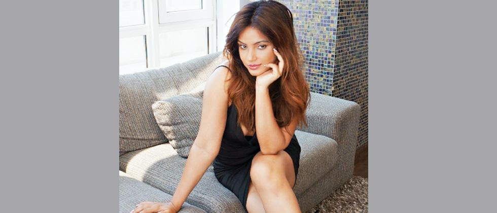 Neetu Chandra's production Deswa set to release on digital channel