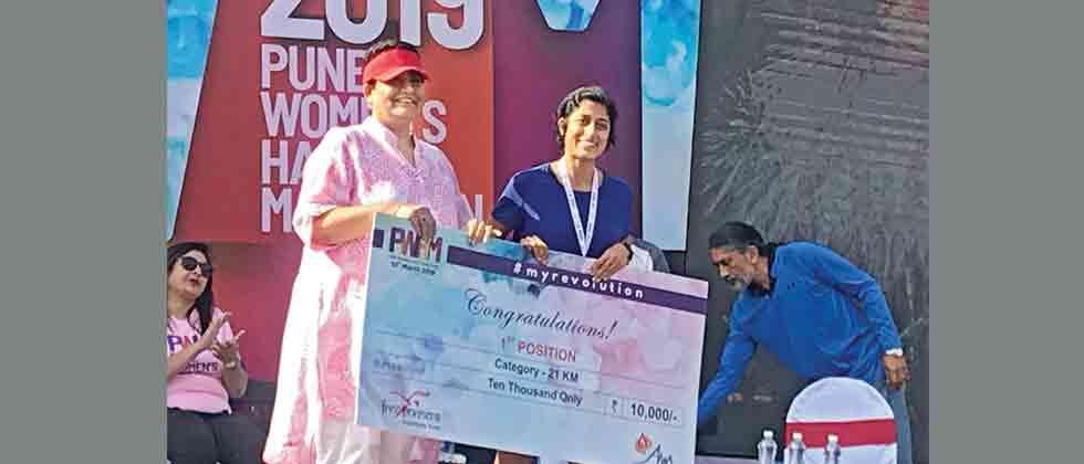 Kavitha Reddy wins Pune Women's Half Marathon