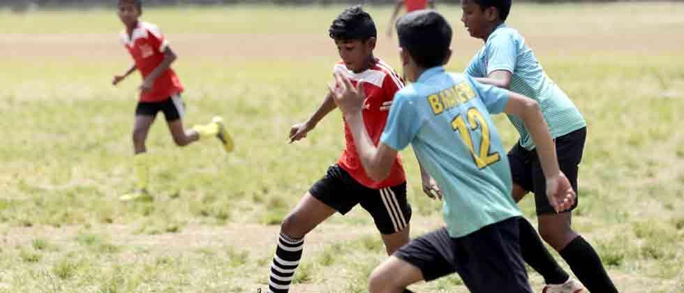 Vidya Bhavan U-14's advance