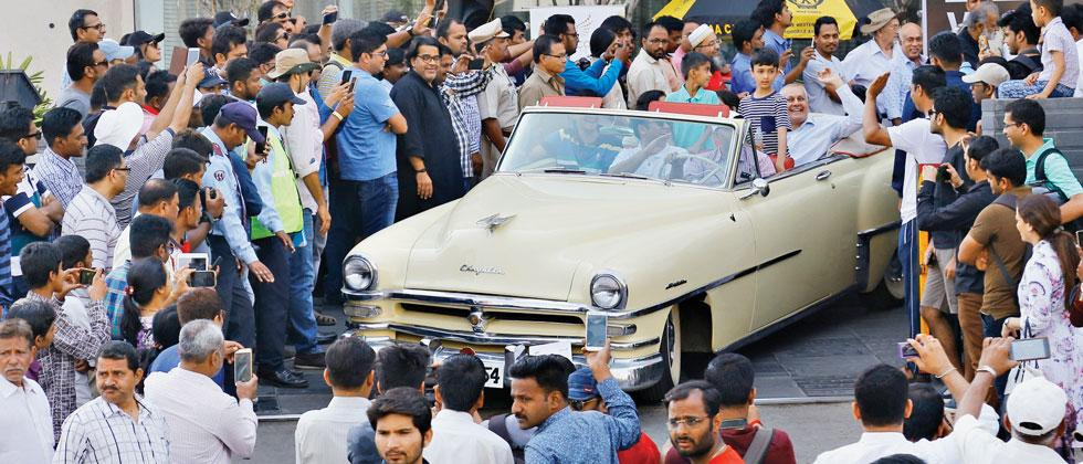 Pune: On Sunday, When 83 Year Old Abbas Took Out His 1903 Humber On To The  Roads Of Pune, He Took Pride In The Fact That The Car Covered 25 Km As  Visitors ...
