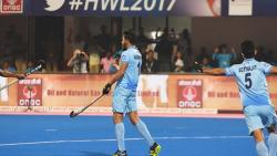 India's Harmanpreet Singh (C) celebrates after scoring the second goal against Germany during their third place play-off of the Hockey World League match between India and Germany at Kalinga Stadium in Bhubaneswar on December 10, 2017. / AFP PHOTO