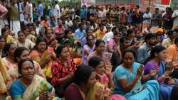 Cong, BJP flay Kerala government for bringing activists to Sabarimala