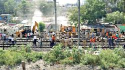 Railways remove huts at Pimpri station to lengthen platforms