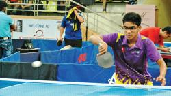 Shubham Ambre of Mumbai City in action at the Balewadi Sports Complex on Sunday.