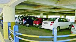 Pune Municipal Corporation has four-wheeler parking lots in Mahatama Phule Market at Shukrawar Peth.
