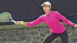 Kavya trumps Aditi to enter next round
