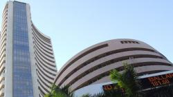 Sensex descends Mount 33k, Nifty50 below 10,100-mark in over 3 months