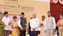 CM Devendra Fadnavis lights the lamp to inaugurate Symbhav 2018, in the presence of SB Mujumdar, Chancellor of SI (DU), Vidya Yeravdekar, Pro-Chancellor, SI (DU) and Kartikey Chouhan, Convenor, Symbhav'18 and president, student advisory board, 2017-18