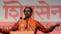 Shiv Sena Executive President Uddhav Thackeray addressing after the Shiv Sena Executive Members meeting at NSCI
