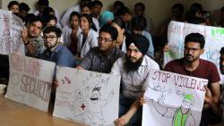 JJ Hosp doctors continue strike as talks fail to break impasse