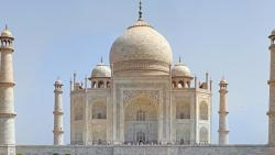 Tourists dwindle as Agra sizzles at 46 degrees