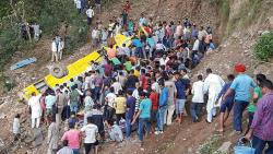 27 schoolkids among 30 killed in Himachal accident