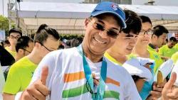 Braving disc derangement, 54-yr-old to run half marathon