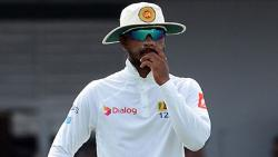 Sri Lanka captain, coach and manager suspended for four ODIs along with two Tests