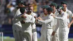 India crash to 140 all out, Australia draw level with big win