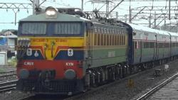 No flexi fare for three Duronto trains from Pune