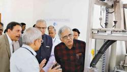 CSIR DG Mande visits NCL for first time
