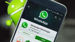 WhatsApp working on linked accounts, vacation mode features