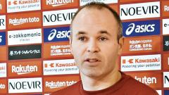 Andres Iniesta signs with brand ASICS