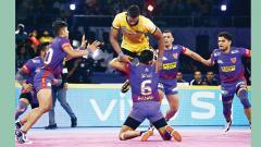 Delhi win nail-biter as Titans face heartbreak at home