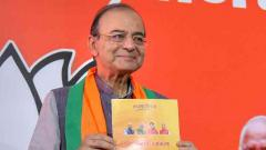 Congress considers surname as a 'political brand', says Jaitley