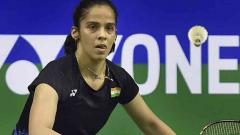 Sensational Sameer defends title, erratic Saina sinks