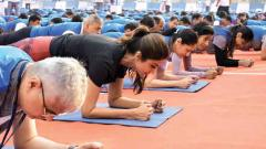 India sets a new Guinness World Record with Plankathon led by Shilpa Shetty
