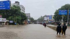 Civic activists blame PMC for the floods