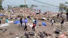 Hundreds killed in Indonesia quake-tsunami