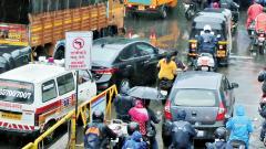 Ambulances face traffic jams daily
