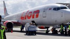 Indonesian plane with 188 on board crashes off Jakarta