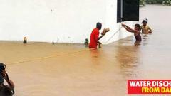 Water enters societies in Sangvi area