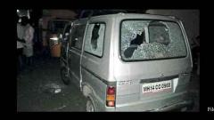 17 vehicles damaged by miscreants in Karve Nagar