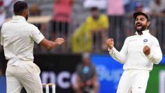 Khawaja anchors Australia to 132-4 after Kohli's 25th ton