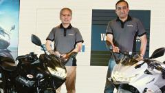 Suzuki Motorcycle India on Monday launched the all-new Gixxer SF and Gixxer SF 250 in Pune. Present on the occasion were Koichiro Hirao, Company Head, Suzuki Motorcycle India (L) and Devashish Handa, Vice President (Sales, Marketing and Aftersales)