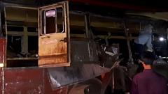 13 killed, 15 hurt in truck-bus collision in Maharashtra
